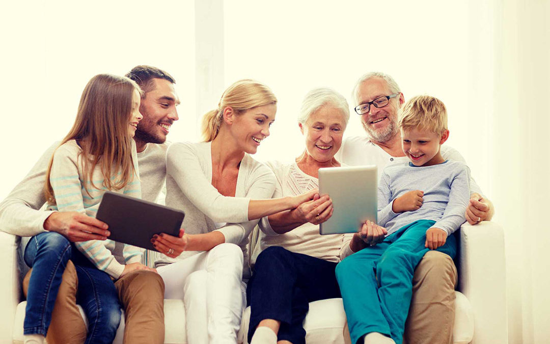 LA TECNOLOGIA WEB COME SUPPORTO NELLA GESTIONE DEI PARENTI